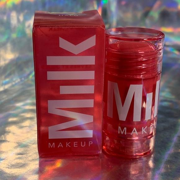 Milk-glow-lip-cheek-beauty-store-1990-labios-labial-maquillaje-original
